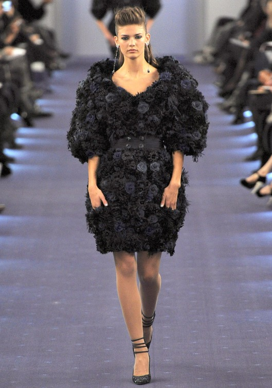 chanel-spring-2012-couture-32_090200258680